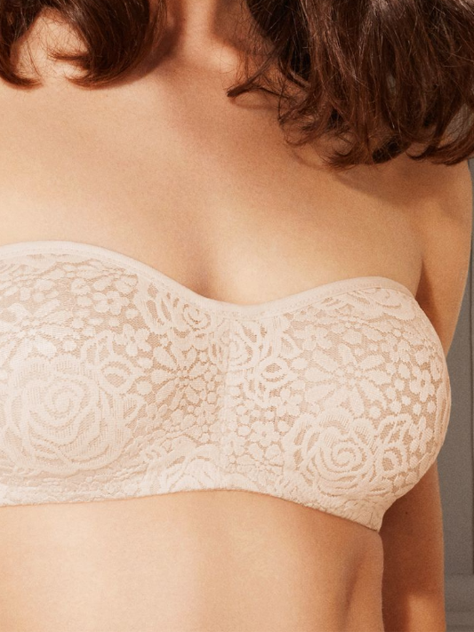 Halo Lace Strapless Bra