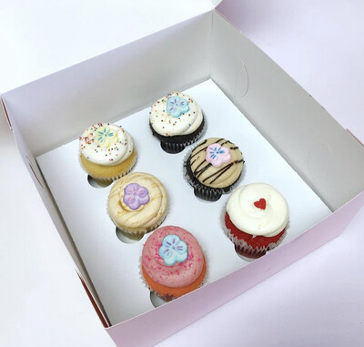 Sugar flowers Cupcakes Half Dozen