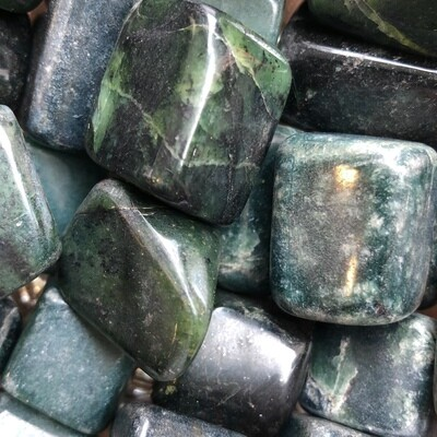 Jade Tumbled Large