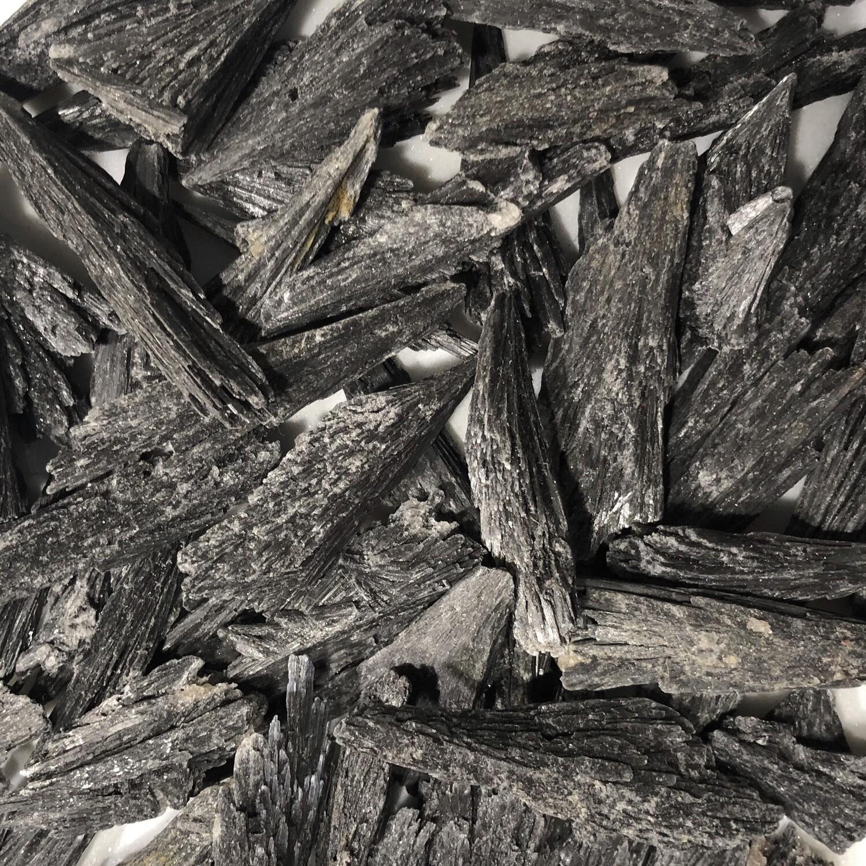 Black Kyanite SM
