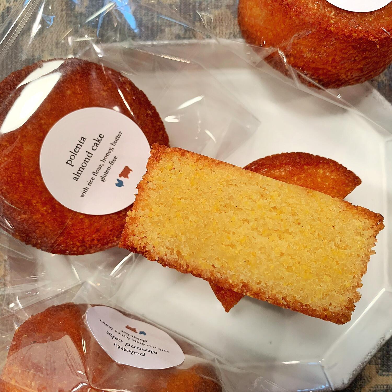 polenta almond cake