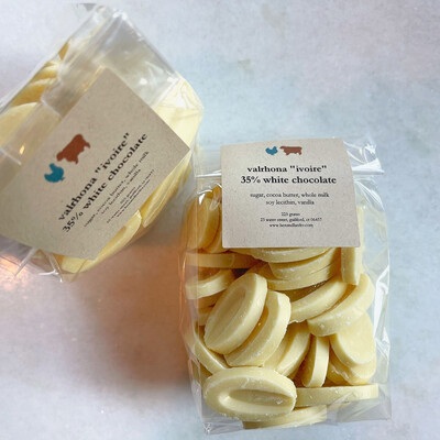 valrhona fèves bag: WHITE CHOC