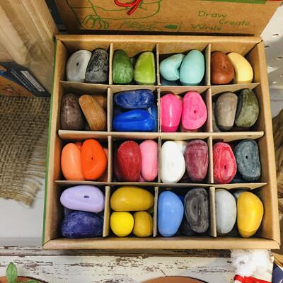 64 Box Crayon Rocks