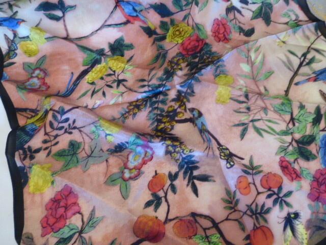 Foulard, carré de soie satin 50cm de côté