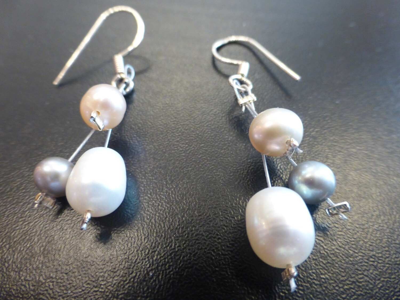 Boucles d'oreilles  en perles d'eau douce véritables et argent 925