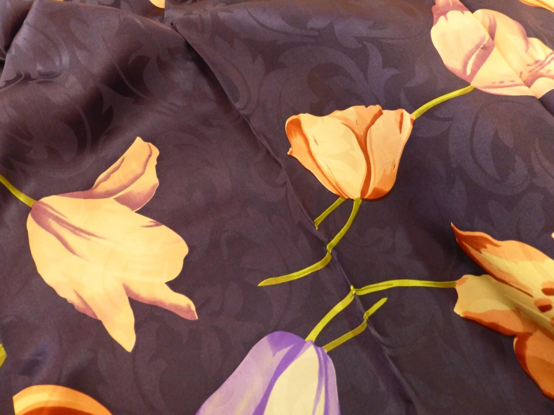 Foulard carré de soie  85cm x 85 cm