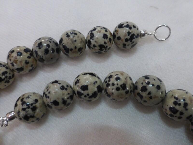 Collier pierres semi-précieuses, dalmatite