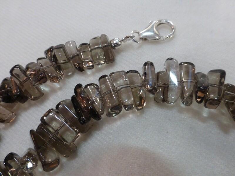Collier en pierres semi-précieuses, quartz fumé 44 cm