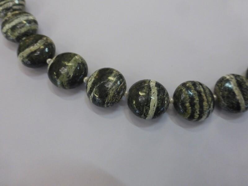 Collier tour de cou, de 45 cm, fermoir en argent 925 , chrysotile