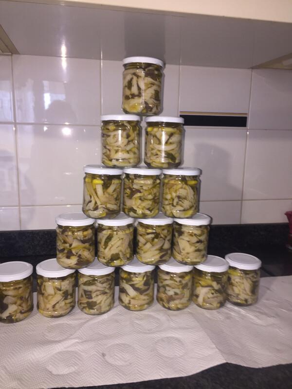 N° 3 vasetti di Cardoncelli sott'olio con olio Evo Bio(clicca qui)