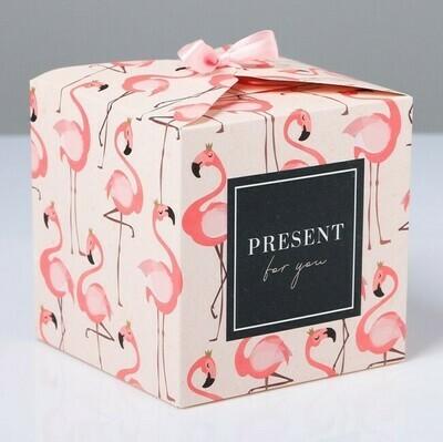 Коробка подарочная Фламинго