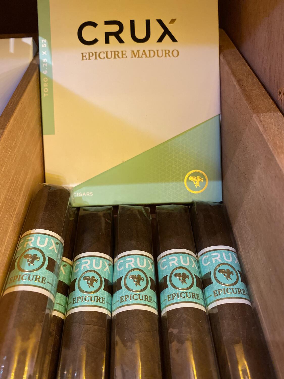 CRUX Epicure Maduro Toro 6-1/4x52, 20's