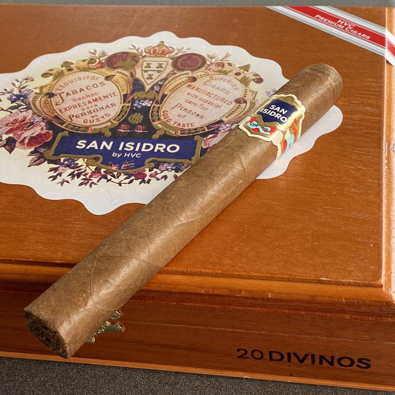 HVC San Isidro Divinos 6-1/4x48, 20's