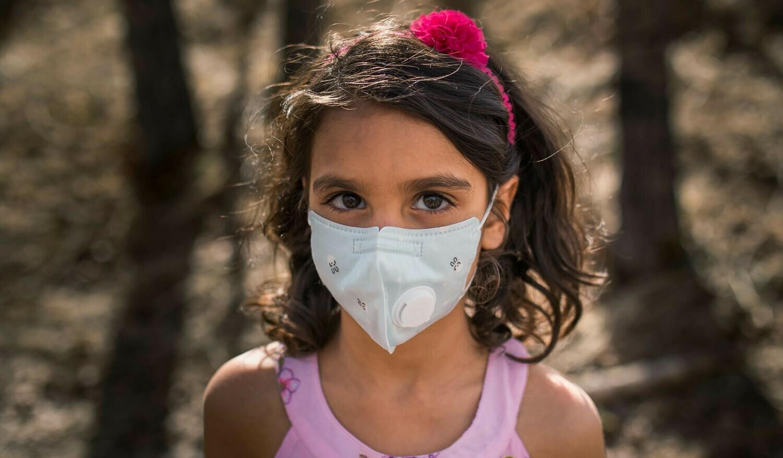Kids KN95 Face Masks w/ Particulate Respirator PM 2.5 Filter-Light Blue