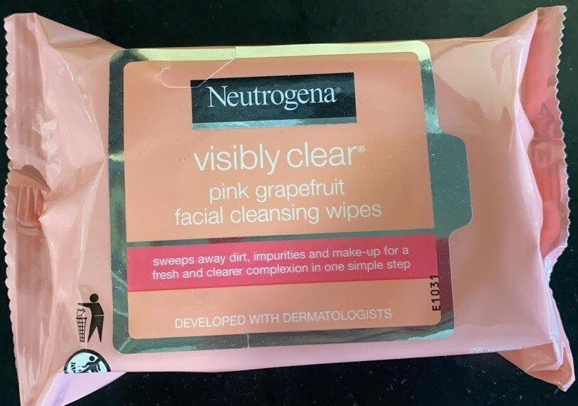 Neutrogena Visibly Clear Facial Cleansing Wipes, Pink Grapefruit, 25 Count