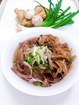 316- Well-done Beef and Tendon Brisket Rice Noodle Soup