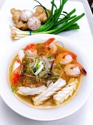 303- Seafood Rice noodle soup