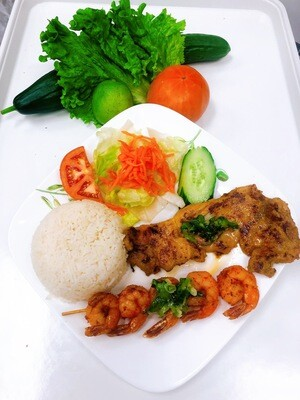 509- Grilled Tiger Shrimp (5 pcs) with Satay Sauce on Steamed Rice (Plus One Item)