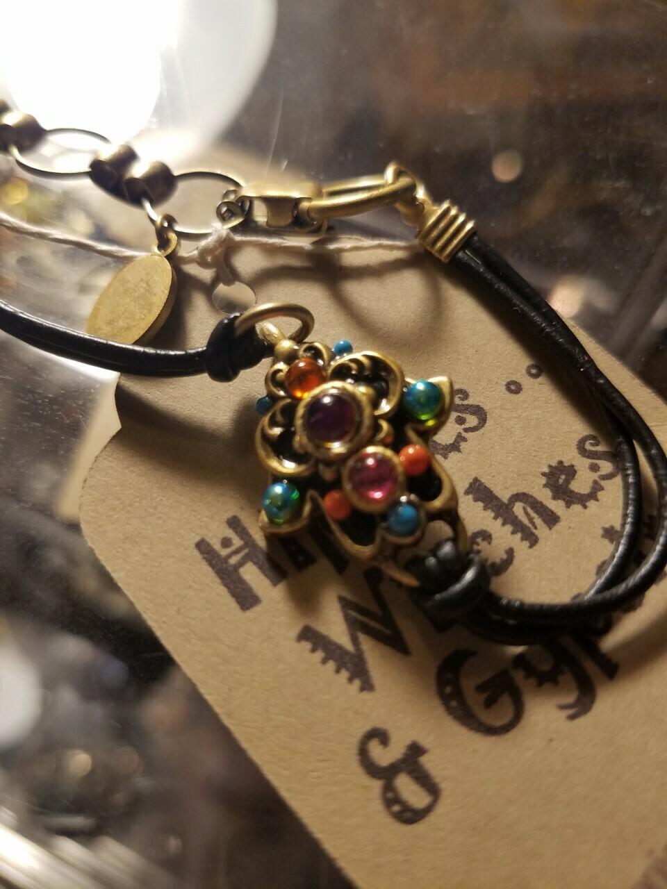 Hamsa & crystal Bracelet
