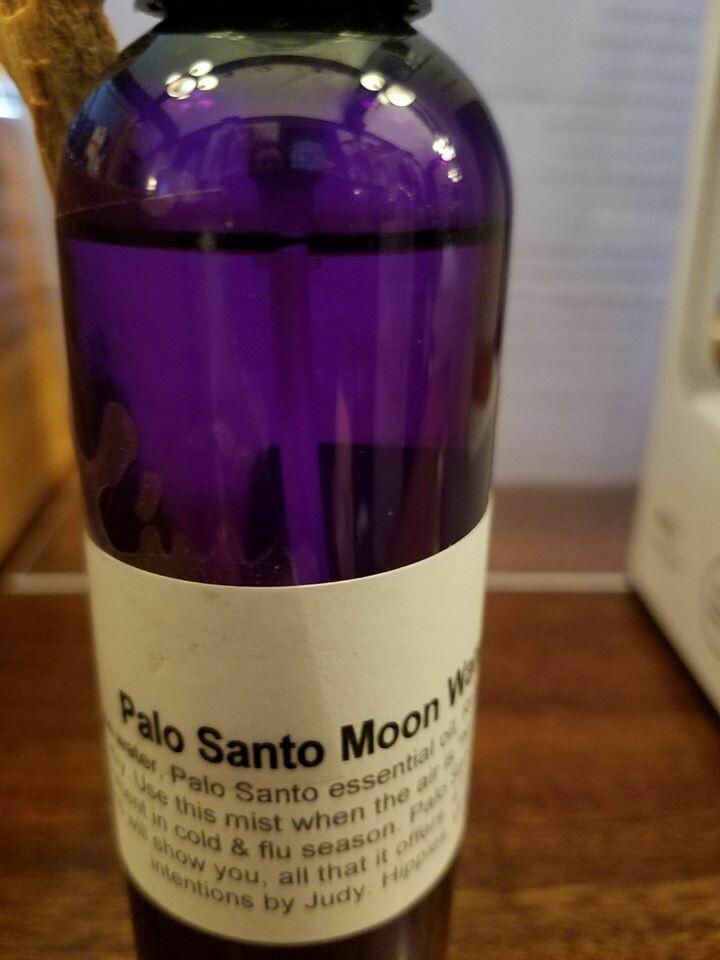 Moon Water Palo Santo 4 ozs