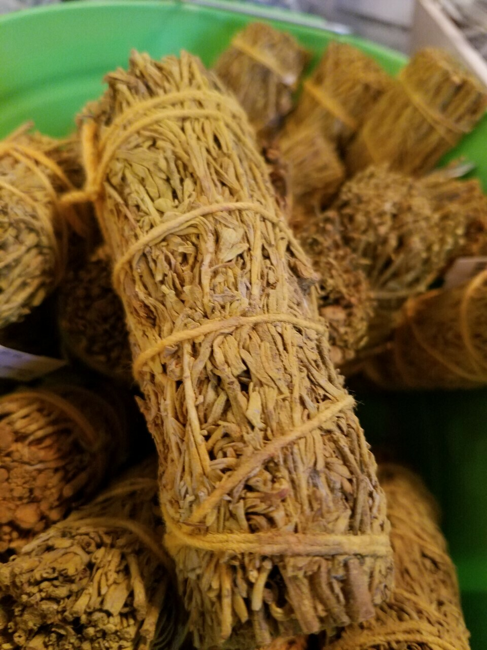 Smudge Bundle Mountain Sage & Palo Santo -scented