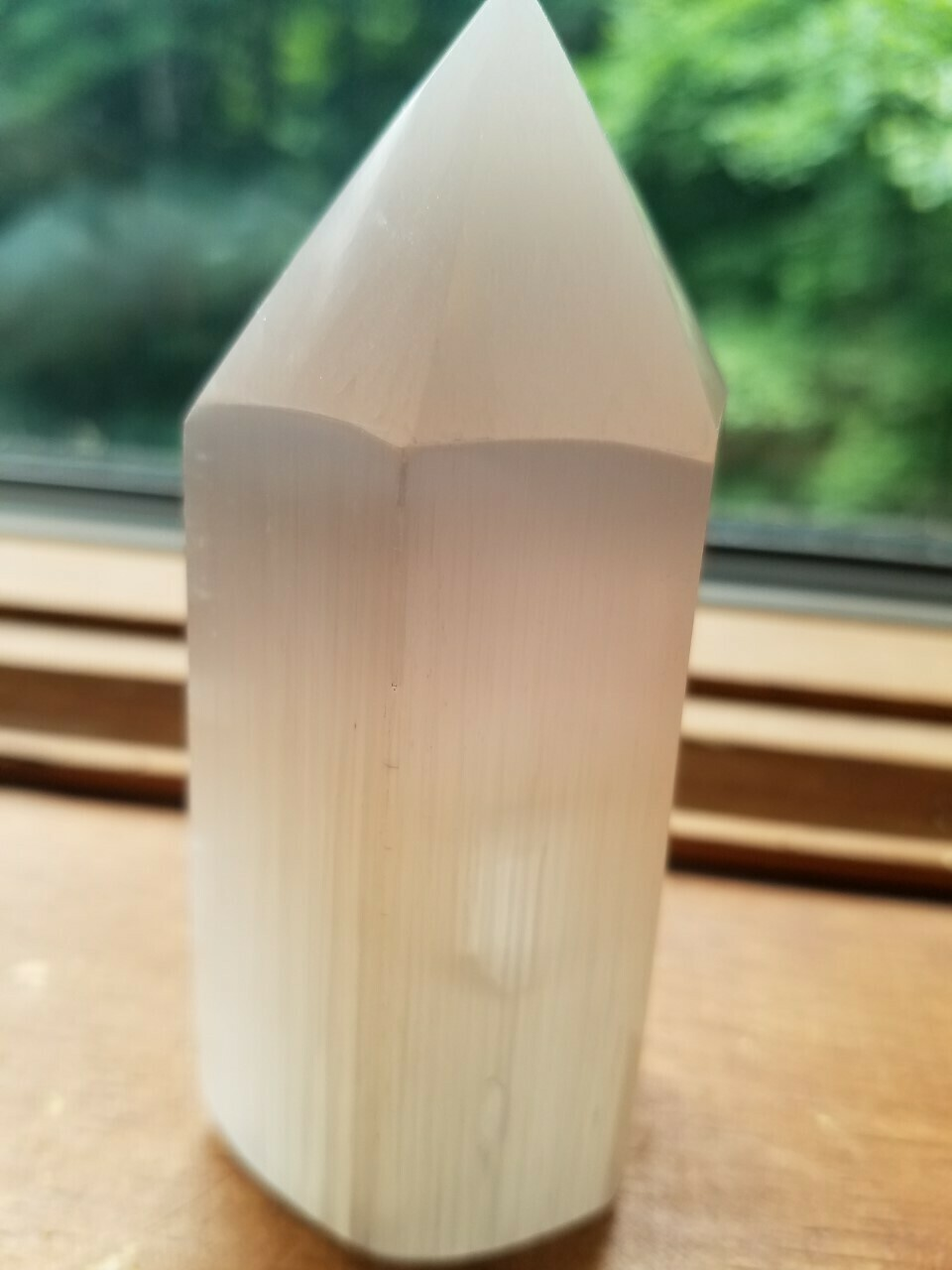 White Selenite Generator