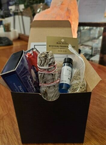 Shippable Box- Witches Beginner Kit