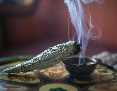 Let's Talk -Smudging -Beginner -60 Minutes Via Telephone-with Judy(Back in May)