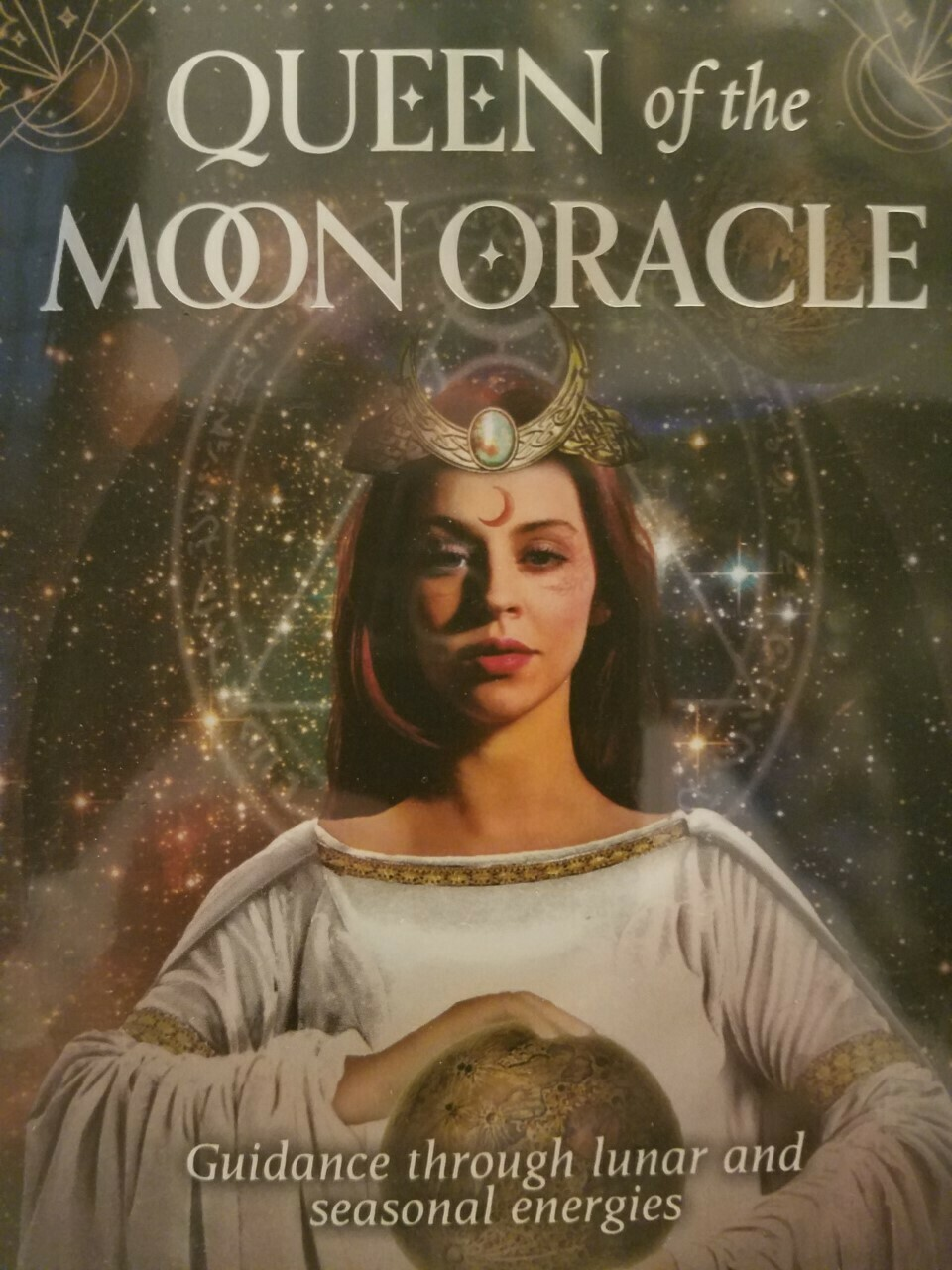 Oracle Queen of the Moon