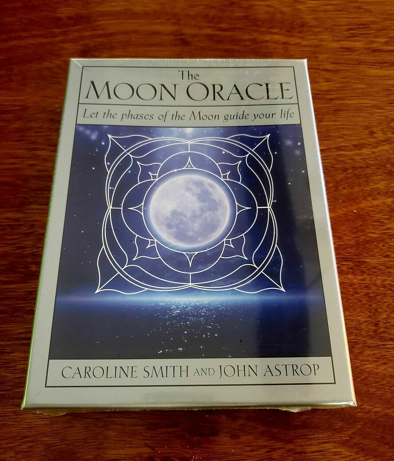 Oracle The Moon -Let the Moon phases guide you.