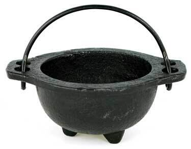 Cauldron Cast Iron with Handle (small)