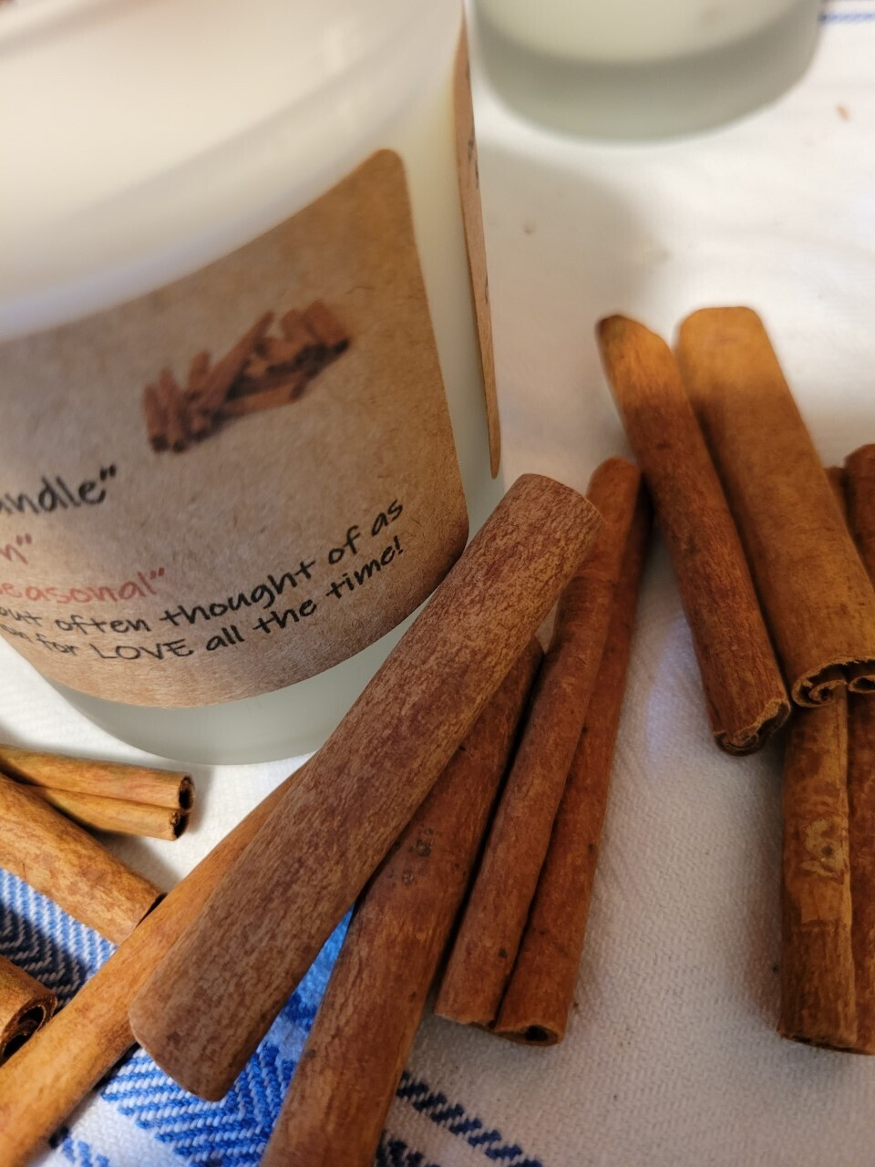 """Judy's Soy Candle -""""Cinnamon"""" (Pick up only)"""