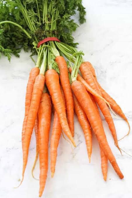 Baby Carrots (bunch)