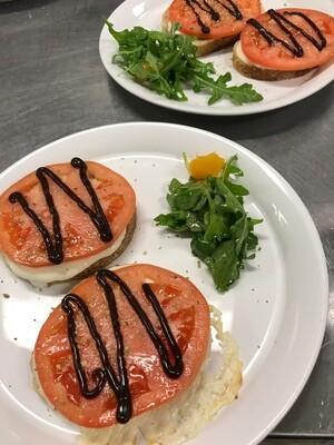 Bruschetta CLASSICA con Mozzarella