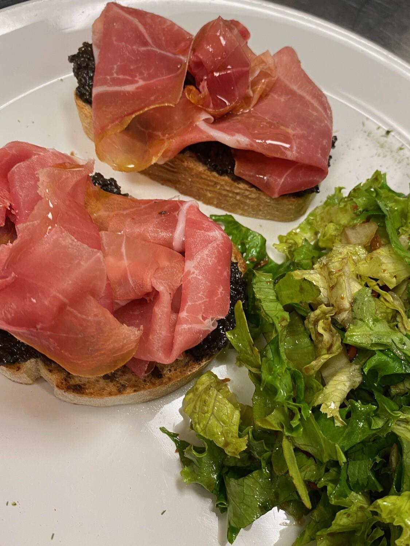 Bruschetta PROSCIUTTO DI Parma e Olive