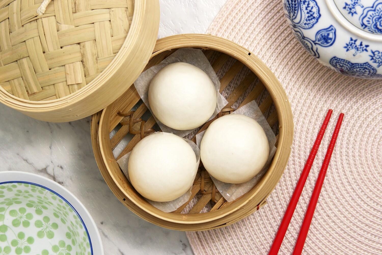 Mini Asian Custard Steamed Bun | 香滑奶皇飽  Qty: 25 Pieces