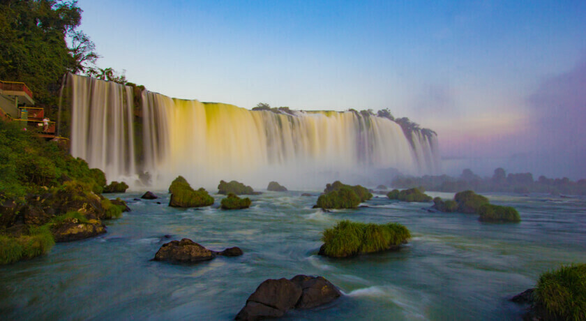 Transfer Cataratas brasileiras - Transportado por Destino Iguaçu
