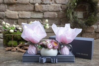 Kit de flores para Pascoa com ovos de chocolate Kopenhagen - Rosa
