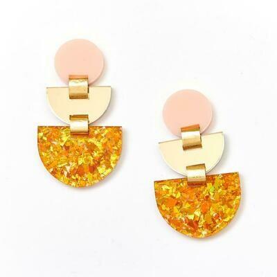 Boat Earrings - Amber