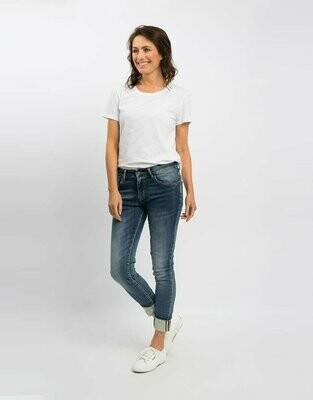 Pocket Detail Jean