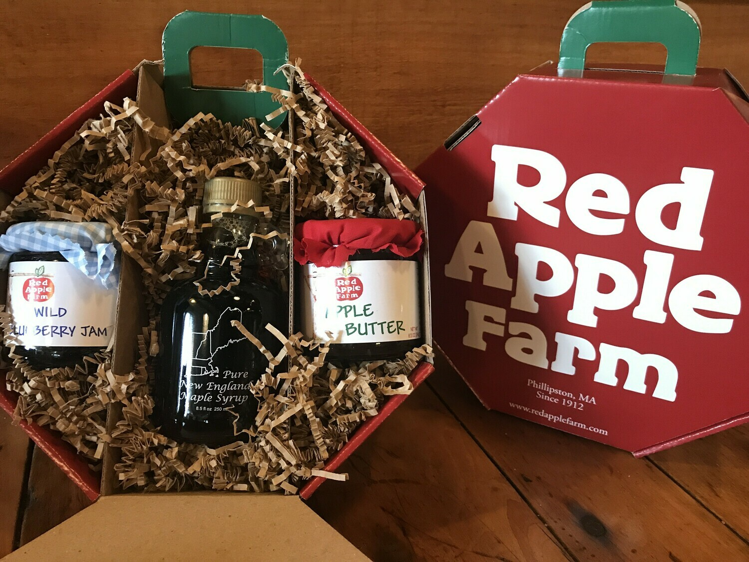 Red Apple Gift Box
