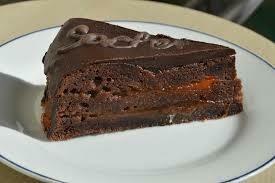 Sacher cake slice 100g
