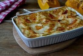 Pumpkin and gorgonzola Lasagna tray 2.2kg