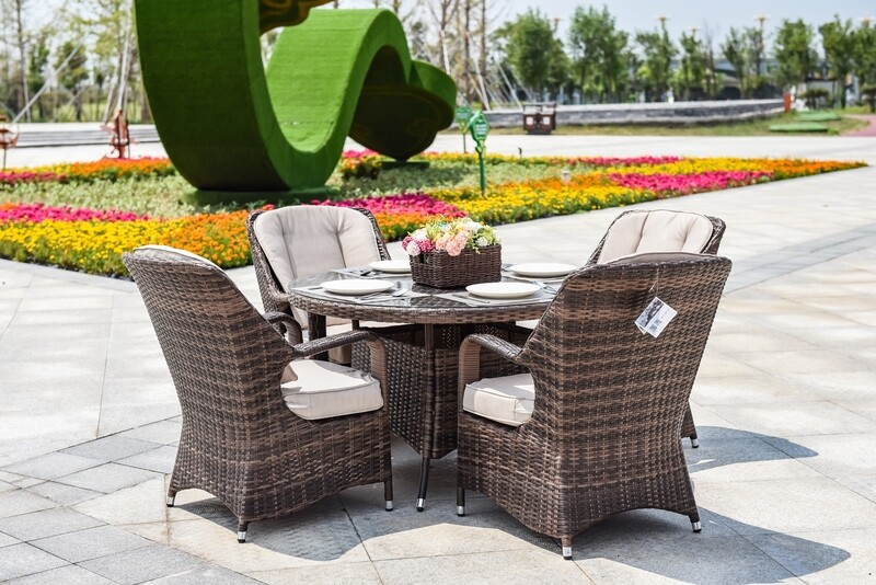 Wicker MacArthur Patio Wicker 5 Piece Round Dining Set