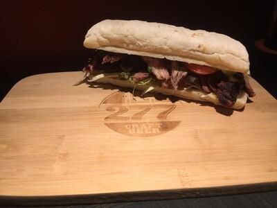 Sanduíche de Steak Defumado