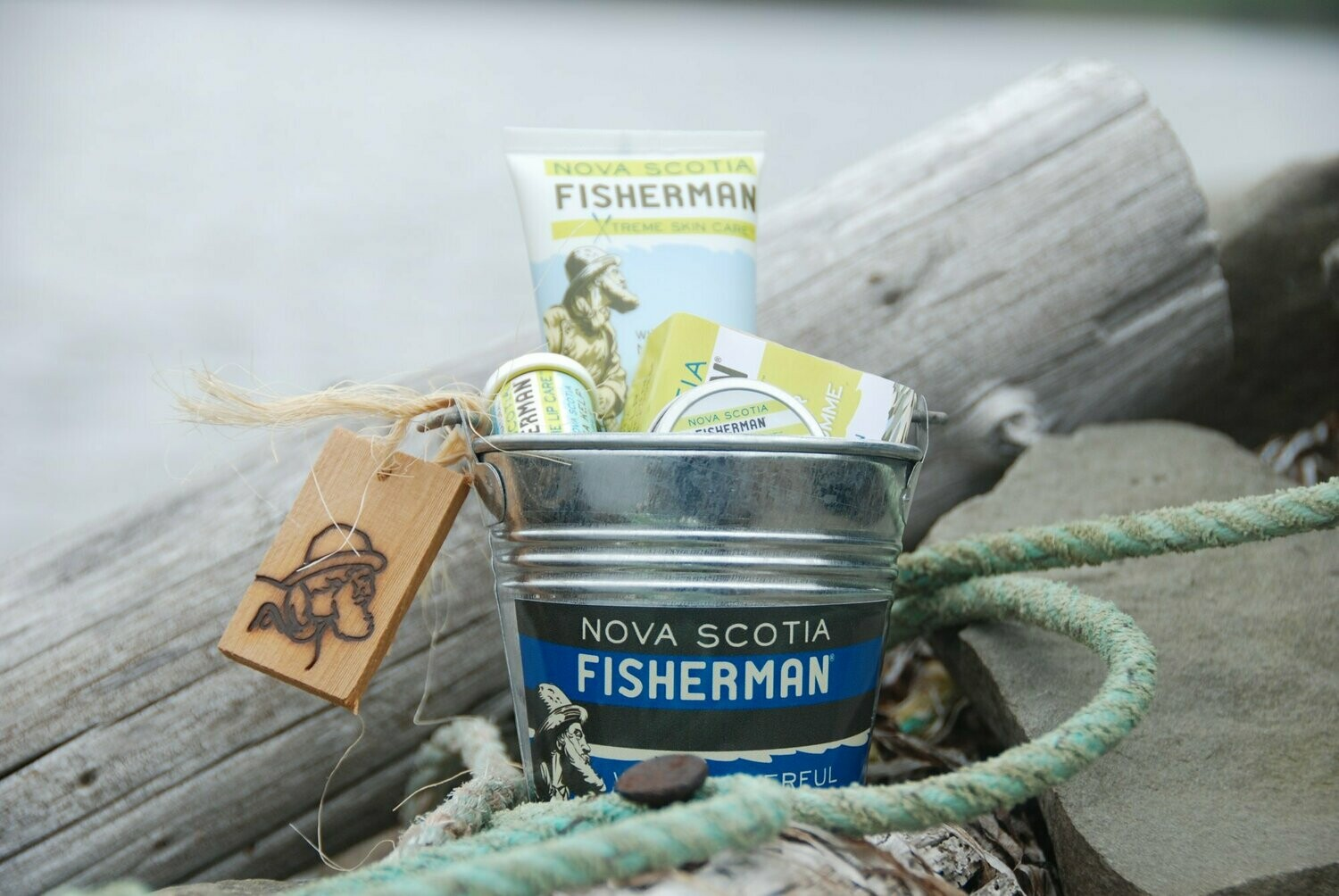 NS Fisherman Gift Bucket