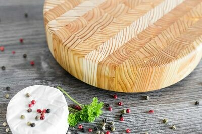 Larch Wood Canada Round Cheese Board