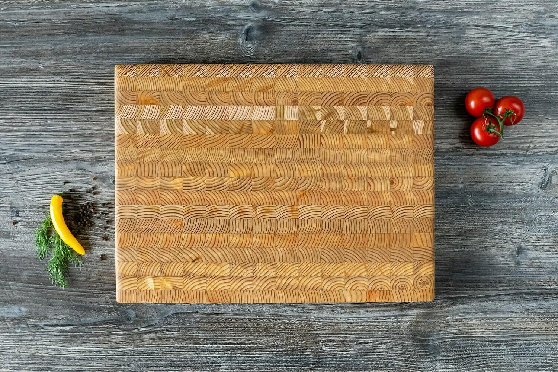 Medium Cutting Board Larch