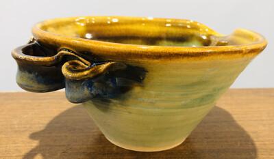 Gloria Dunbar Pouring Bowl