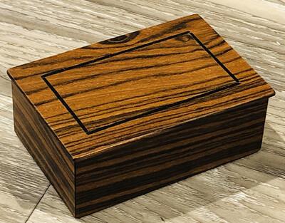 Medium Mini Box